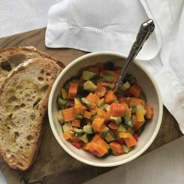 Ratatouille con verdura di stagione